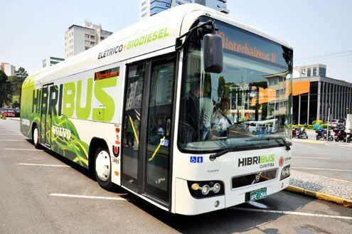 ônibus híbrido em teste