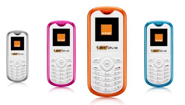 Um celular usual e barato.