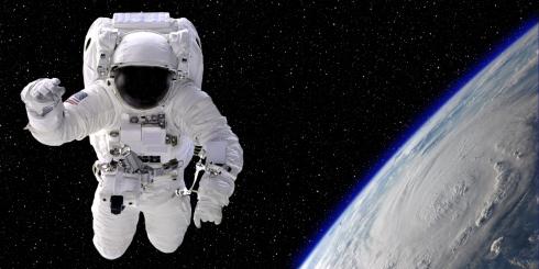 Chamando Terra, tem alguém por aí?