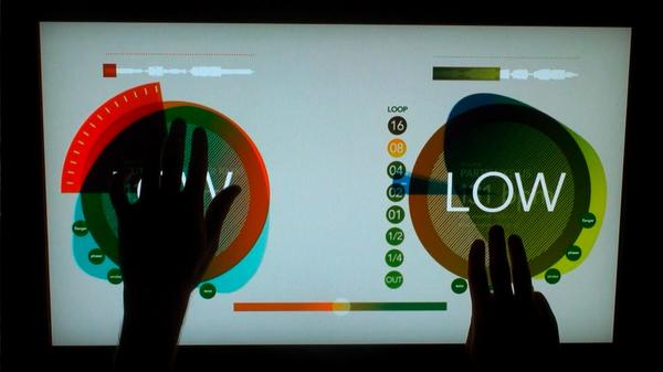 Mesa de DJ touchscreen