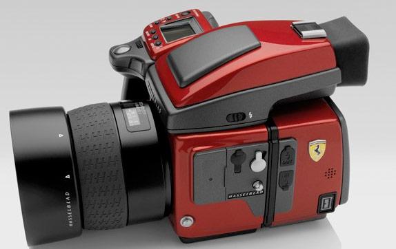 Modelo H4D Ferrari