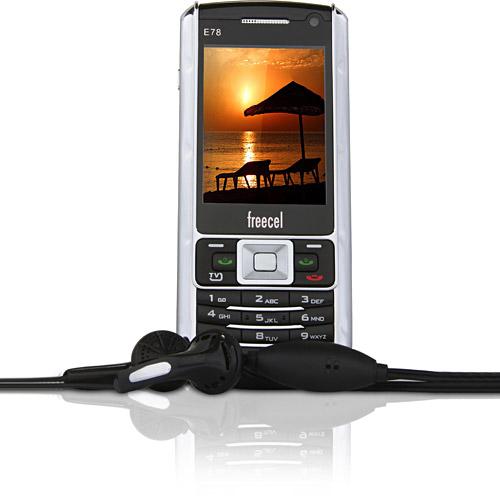 Celular Freecel E78 TV (de R$ 399,00 por R$ 199,00)