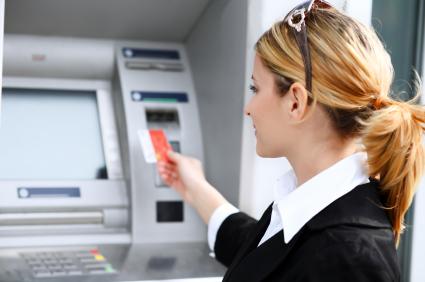 Clonagem de cartões é motivo de dor de cabeça para muitos usuários.