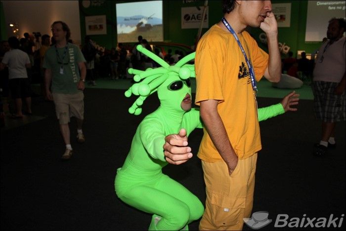 Cosplays e personagens divertidos aparecem a todo momento na Campus Party