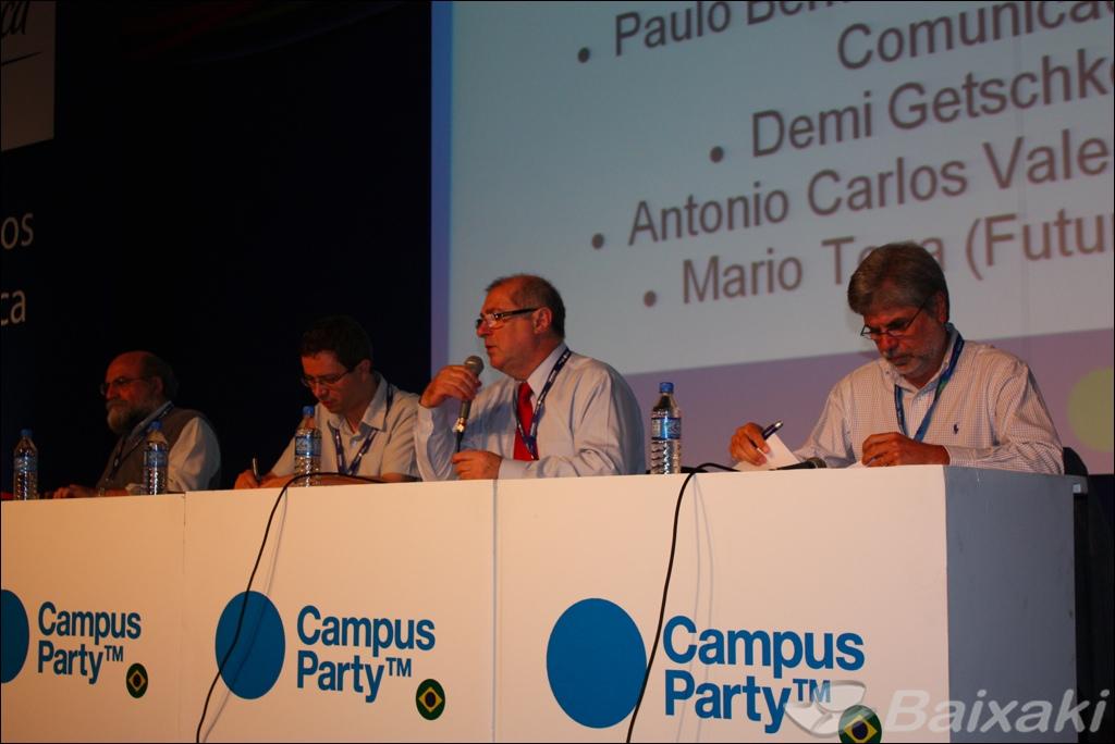 Debate no palco principal da Campus Party