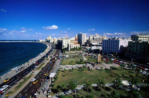 Alexandria é a segunda cidade mais populosa do Egito.