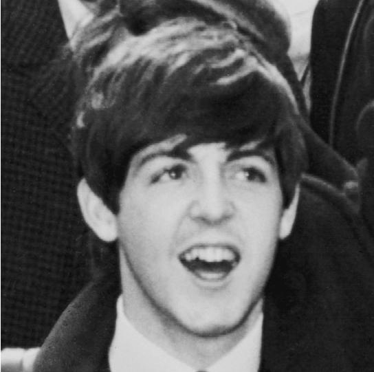 Paul! Ainda em sua primeira versão!