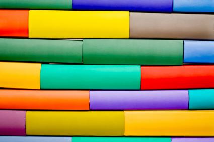 Como percebemos as cores e como elas são exibidas para nós em TVs e impressões?