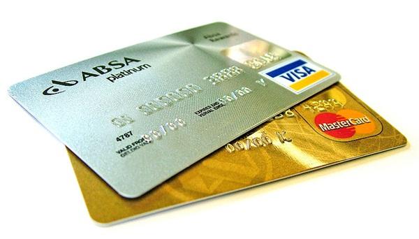Lugar de cartão é na carteira!