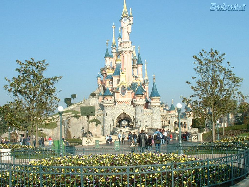 euro disneyland essay Save time and order in retrospect, was france the best choice for the location of euro-disneyessay editing for only per page.