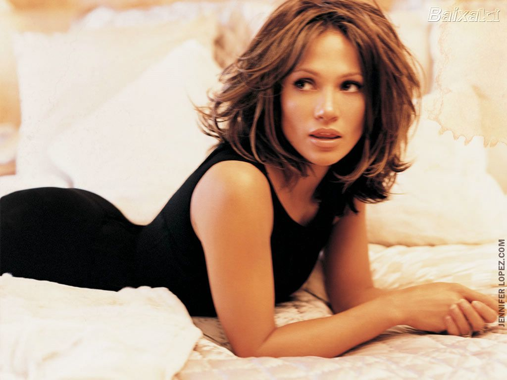 essay on jennifer lopez Jennifer lopez jlo by jennifer lopez is an american lifestyle brand founded by jennifer lopez in 2001 the line became a large success in the united states and international markets.